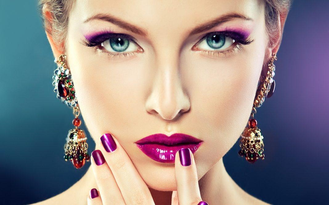 Nghề Makeup