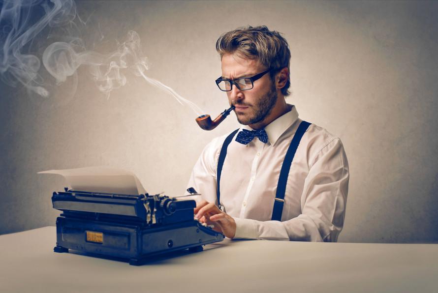 Copywriter là một trong những công việc làm online tại nhà được nhiều bạn sinh viên yêu thích