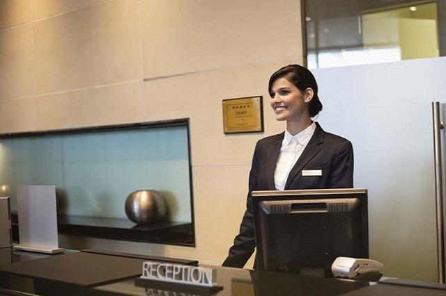 guest service agent la gi