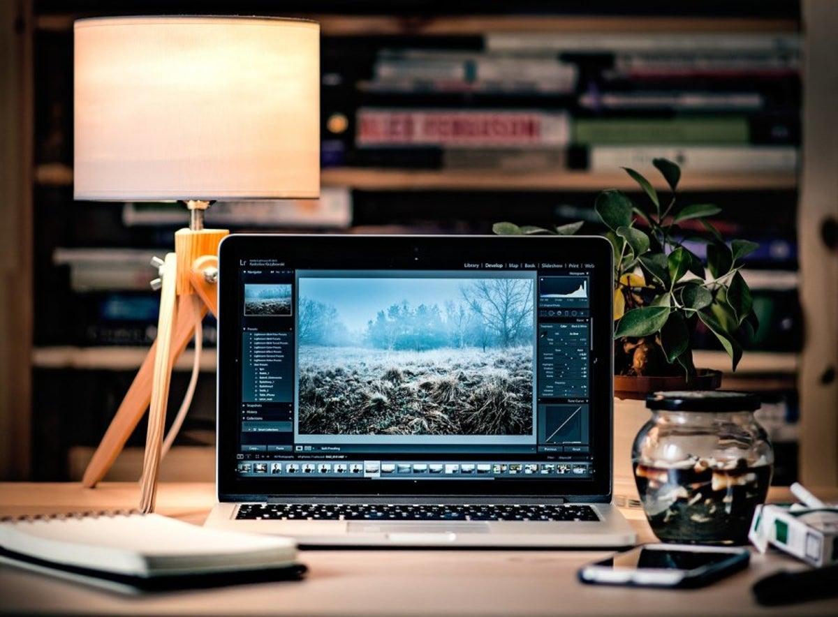 Hướng dẫn làm laptop chạy nhanh hơn với keo tản nhiệt