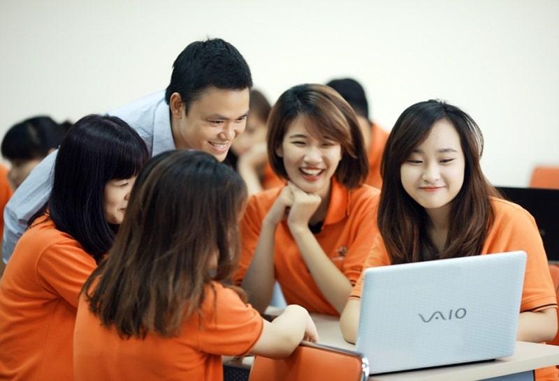 Làm việc online công việc làm thêm cho học sinh cấp 2 hot nhất hiện nay