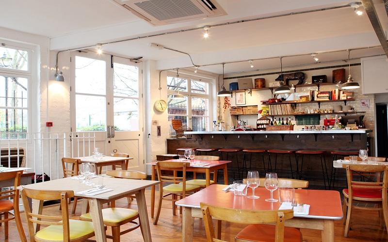 7 kinh nghiệm kinh doanh quán ăn nhỏ
